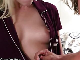 Mommysgirl Alexis Fawx Sits On Step-daughter-in-law`s Face