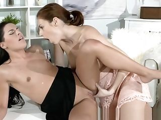 Horny Honeys Need To Fuck Right Now On The Coffee Table