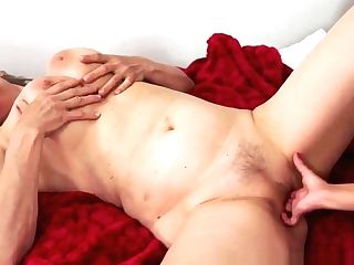 Fingerfucked Granny Orally Satiated By Nubile