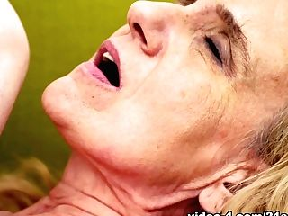 Nanney & Little Trixie In Little Trixie Licks Granny - 21sextreme