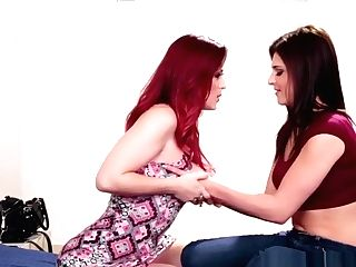 Lesbo Ginger-haired Teenager Scissoring Her Stepsis